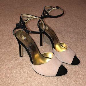 black/nude heel size 6.5
